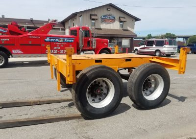 Broken Semi Trailer Flat Top Dolly