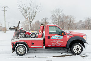 goch towing care snowy road 2